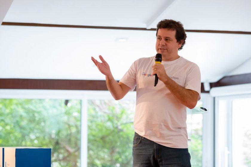 Joao Dalla professor do Google Partners