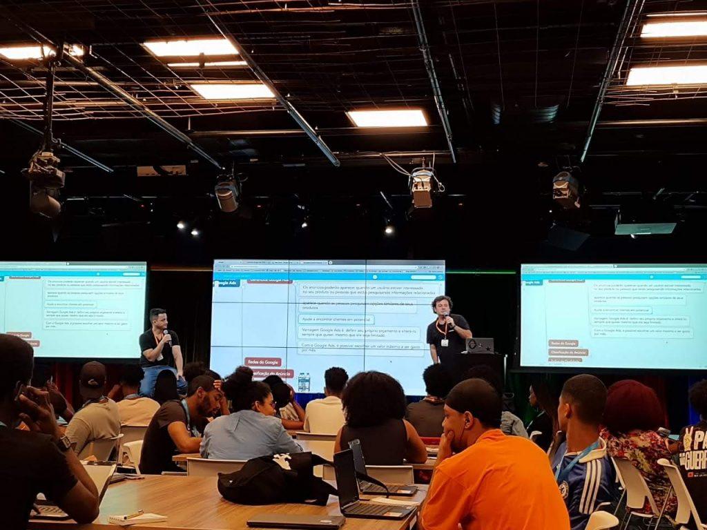 Joao Dalla e Rodrigo Camara na sala de treinamento do Google para o evento do Black for Ads Academy